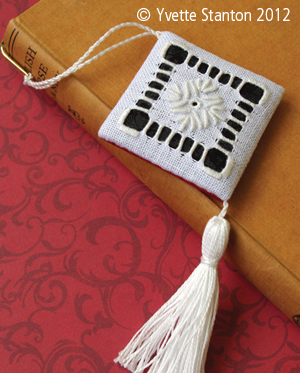 Portuguese Whitework bookmark class with Yvette Stanton